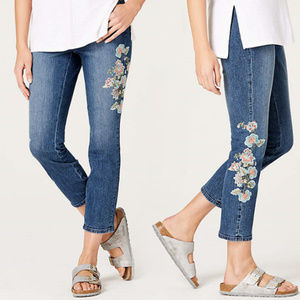 NWT J. Jill Floral Embroidered Crop Denim Jeans